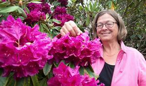 Charlotte Östring berättar att hon blev fascinerad av odling redan som barn. På Trädgårdsamatörerna har hon fått många likasinnade vänner och bekanta.