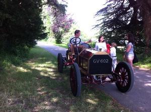 Var på semester i England förra veckan ,den här bilen var med på en veteranbilstävling
