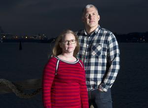 """Åsa Plesner och Marcus Larsson driver Tankesmedjan Balans och har skrivit boken """"De effektiva"""". Foto: Stefan Jensen"""