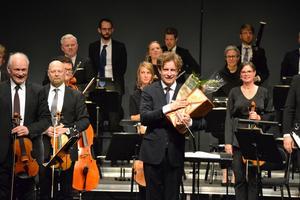 Daniel Blendulf tog avsked som chefsdirigent för Dalasinfoniettan i helgen. Foto: Anne Pettersson