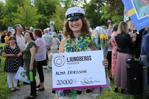 Alma Eriksson på Soltorgsgymnasiet hade fått stipendium.