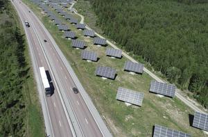 Fram till 2017 ökade andelen solenergi med flera hundra procent och i dag är priset för solceller det lägsta någonsin (knappt en tredjedel jämfört med 2009), skriver Ola Nordstrand. Foto: Fredrik Sandberg, TT.