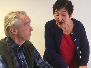 En familjefejd med överraskande vändningar - Martin Lindbergs pjäs