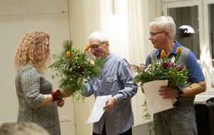 Allra först hyllades årets kultur- samt fritidsstipendiater , Dieter Kluge respektive Berra Hillström.