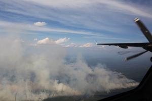 En flygbild från skogsbränderna i Ljusdal.Foto: Kustbevakningen