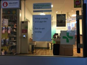 Under onsdagen var apoteket i Bredbyn stängt.