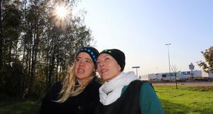 Sara Lindström och Helena Lambert i det område som ska bli den nya stadsdelen Närheten.
