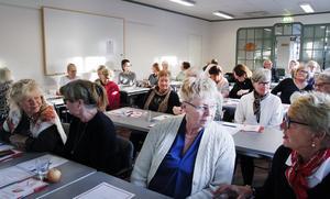 Ett 30-tal medlemmar från sex föreningar inom Brottsofferjouren fanns på plats för att lyssna till fredagens föreläsningar av Hanna Weyler Müller på Best Western Hotell i Söderhamn.