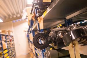 Vemservice har tusentals artiklar på lager som företaget använder i sina konstruktioner.