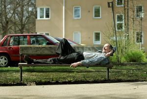 Kjell Höglund fotograferas för en intervju med VLT år 2006, i samband med släppet av hans senaste album