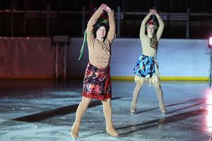 Ett 70-tal konståkare fanns på isen under Iskristallens version av Disneyfilmen Vaiana som döpts till Hawaiana.