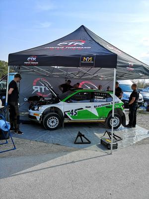 Kenny Stavbom körde på Gotland med en bil som han hyrde av Pontus Tidemands team PTR-racing. Foto: Sebastian Eddeborn