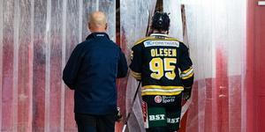 Nick Olesen drog på sig ett matchstraff i sin hockeyallsvenska debut för SSK. Foto: Bildbyrån.