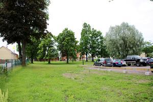 Askersunds kommun vill att det byggs bostäder på tomten där Sjöängsskolan tidigare låg.