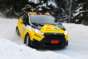 Pontus Lönnström debuterar nu i Rally-VM. Svenska rallyt som drar igång på torsdag ingår som en del i Rally-VM. Foto: emotorsporsport.se
