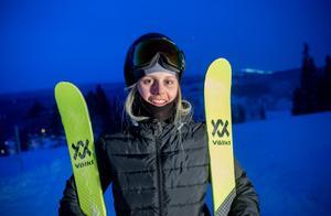Jennie-Lee Burmansson – 15 år och SM guldmedaljör.
