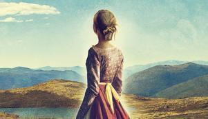 Unga Astrids kamp för sin släkts gåva till byn, ett par kyrkklockor, utgör den röda tråden i