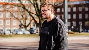Mikael Gottberg, som utöver sitt jobb på Musikevent spelar i framgångsrika countrybandet Waywireband.