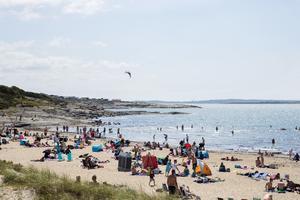 Åsa camping och havsbad ligger vid västkusten och är en riktig pärla.