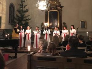 Luciatåget i Ludvika Ulrika kyrka.