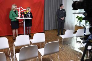 Partierna berättar gärna om vad de vill med EU, men väljarna måste vara intresserade. Här Socialdemokraternas toppkandidater Heléne Fritzon och Jytte Guteland.