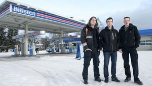 Bröderna Daniel Eriksson, Markus Mörk och Tomas Kolmodin tar över den konkursade macken i Vallsta. Förhoppningen är att det redan nästa vecka ska finnas bensin i pumparna igen.