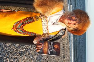 """""""Jag har gjort mycket research, varit överallt, seglat med vänner till Aten och till Istanbul för att förstå vad vikingarna upplevde"""" berättar Agneta Arnesson Westerdahl. Foto: Kjell Westerdahl"""