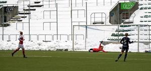Fem minuter in i matchen tog Sandvikens IF ledningen. Den fick de behålla i 23 minuter.