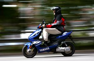 Svenska mopeder trimmas ofta vilket är  olagligt och farligt.Foto: Jack Mikrut