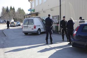 11 april utsattes Coop i Nyhammar för ett väpnat rån. Kort tid efter rånet kunde polisen gripa en 24-åring från Borlänge som i maj dömdes till 15 månaders fängelse.