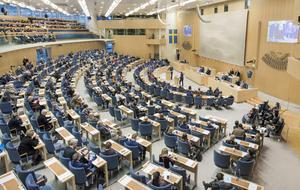 I onsdags röstade riksdagen igenom ett nytt förslag för kostnadsutjämningen. För länet betyder det 260 miljoner kronor som fördelas hit med start nästa år. Foto: Melker Dahlstrand/Sveriges riksdag