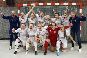 Östervåla IF vann damseniorernas final. I finalen besegrades Norrby SK med 1-0.