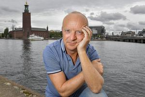 """Jonas Gardell kommer 14 december och ger en provföreställning av sin nya """"Jonas Gardell Show"""". Foto Jonas Ekströmer"""