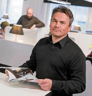 Johan Eklund och ÖHF anser att kommunen i själva verket är skyldig ÖHF stora pengar.