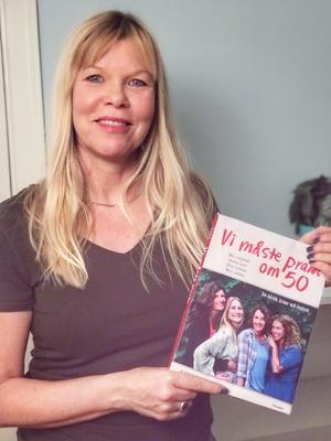 Cecilia Gustavsson har en bakgrund som journalist , i dag arbetar hon på bokförlag och har skrivit boken om att  prata om 50. Foto: : Peter Karppinen