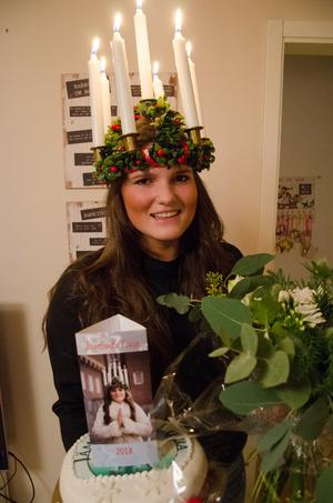 Det var en överrumplad Maria Byström som på onsdagskvällen fick beskedet att hon är Jämtlands lucia 2018.