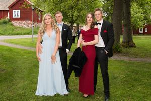 Elin Källman, Rasmus Ebeling, Emelie Pettersson och Adam Fahlström.