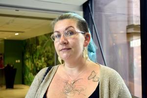 Sara Andersson Ellhorn, 41, sjukskriven, Granloholm: