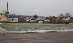 Chanserna har minskat för att bostadsbolaget Acasa ska bygga hyresrätter i kvarteret Timmermannen i centrala Smedjebacken.