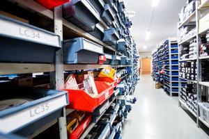 Att ha ett stort lager är en viktig pusselbit i bolagets framgångar och Skoterdelen.com har behövt flytta flera gånger för att ha tillräckligt stora ytor.