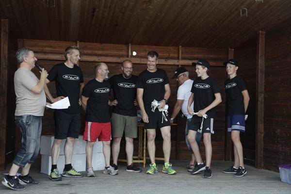 Salab, bestående av Gustav Salomonsson, Lars Salomonsson, Theo Gransten, Johnny Fagerström, Per Runesson och Micke Gusten Gustavsson.