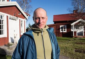 Otsgården är namnet på gården som Daniel Banck och hans fru har flyttat till inför att han ska börja som chef för dalregementsgruppen i Falun efter nyår.