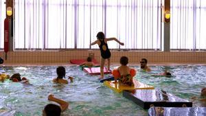 Den nya lekbron i Matforshallen underhöll både små och stora.