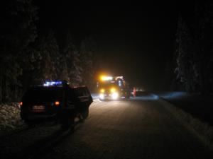 En bärgningsbil blev påkörd av en annan bilist mellan Grövelsjön och Idre under söndagskvällen. Foto: Räddningstjänsten i Idre