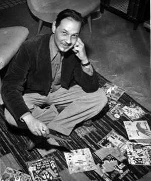 Lennart Hellsing med sina barnböcker 1956.Foto: SCANPIX
