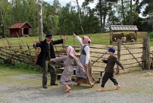 Scener ur hemkomsten. Foto: Torekällberget