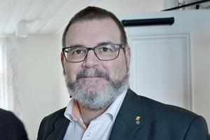 Tillsätt en kommission för att utvärdera hur Coronapandemin hanterats i Västernorrlands län, tycker regionens oppositionsråd Jonny Lundin (C).