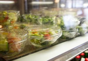 Småföretag som restauranger drabbas hårt just nu.