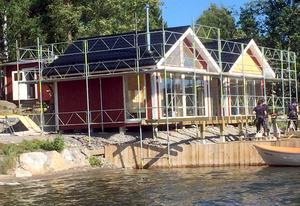 Att bygga sommarstugor åt en byggfirma blev en bra lärlingsperiod.