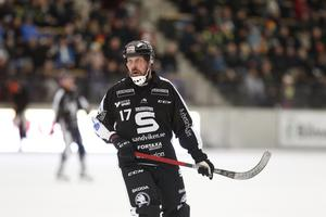 Daniel Mossberg i SAIK-tröjan – den han kommer att bära även nästa säsong.